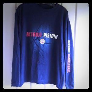 NBA Detroit Pistons  long sleeve shirt